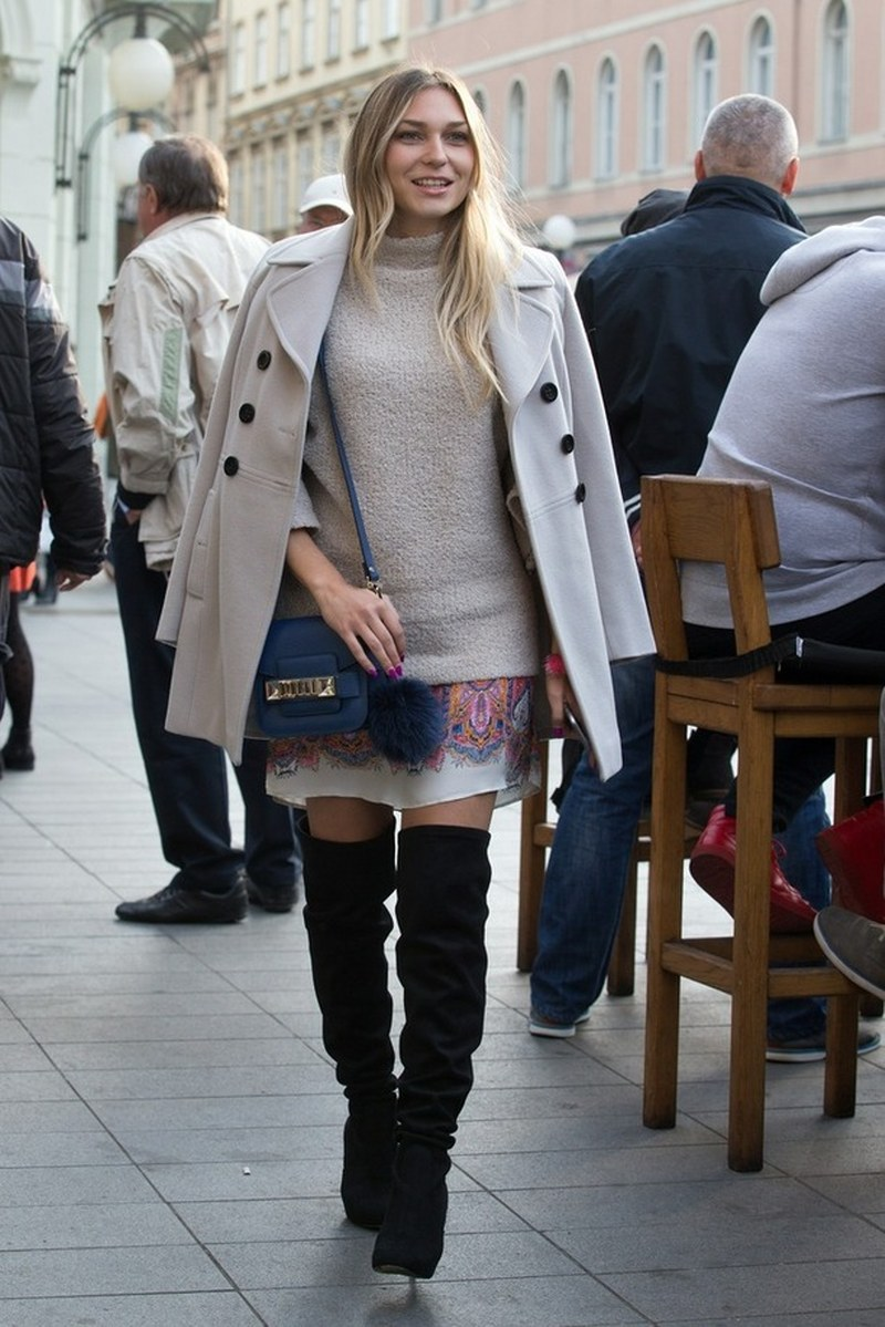 street style fashion, over-the-knee boots, proenza schouler bag, blue bag, fall style, autumn style