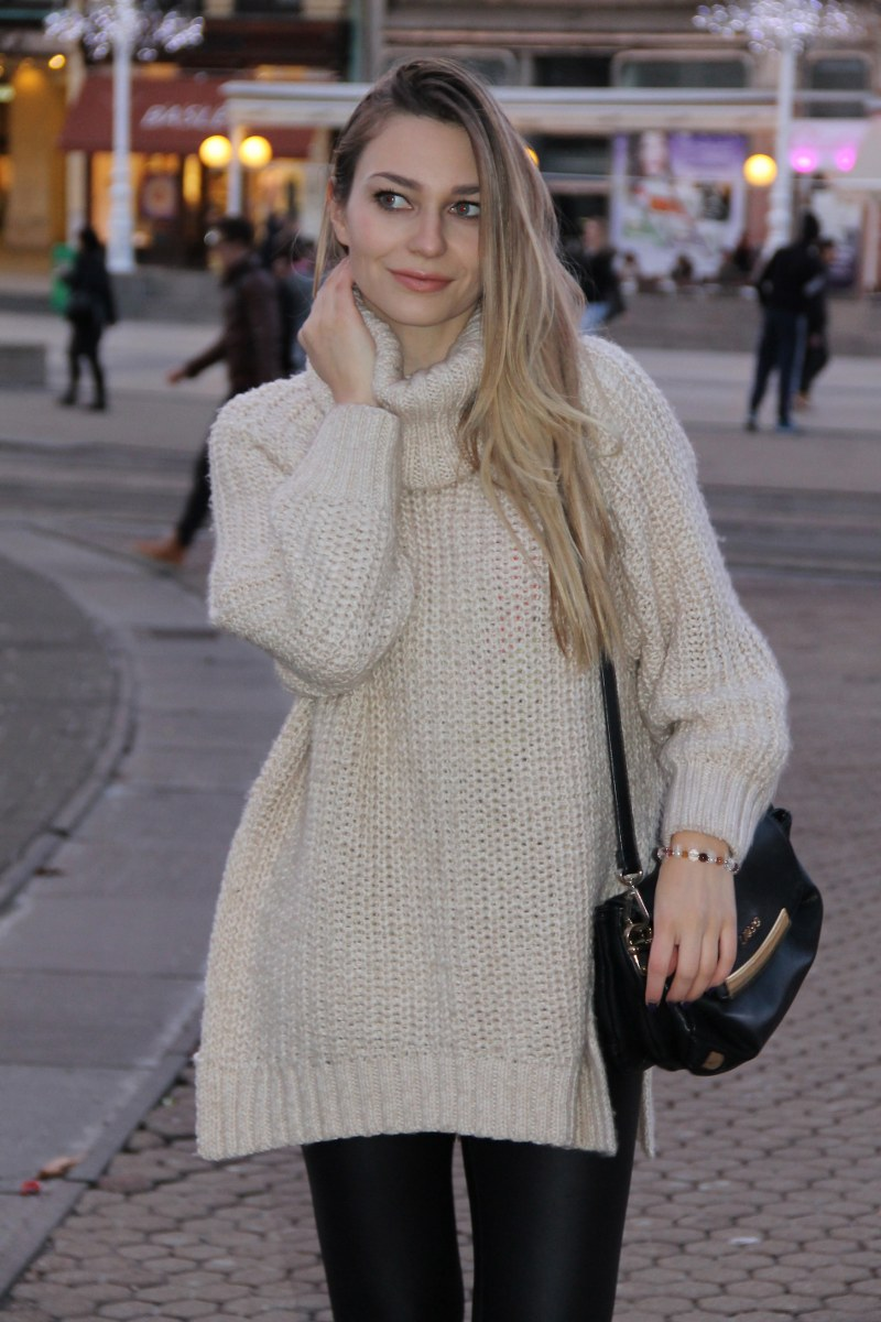 OVERSIZED SWEATER - XOXO Sonja