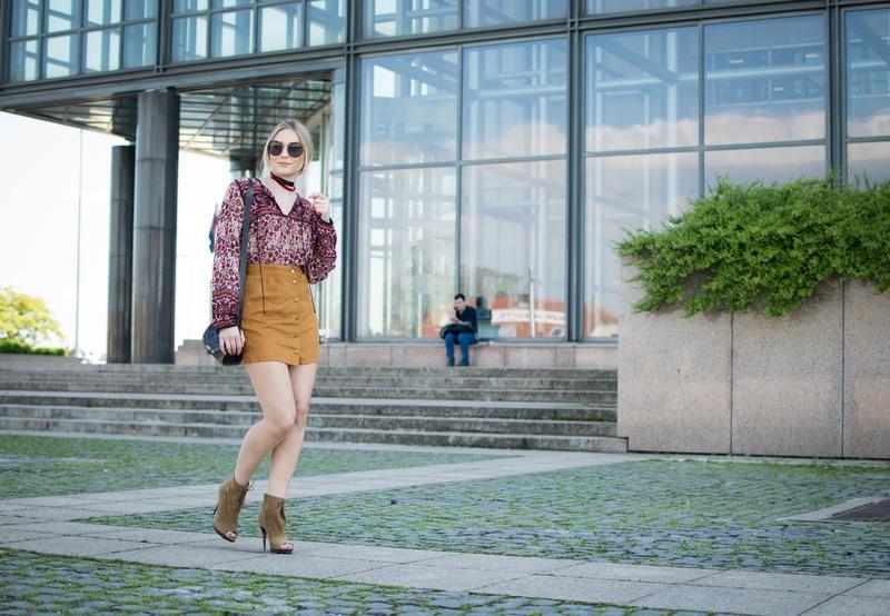 a-line skirt, blouse, choker, miu miu, round sunglasses, spring summer, sunglasses, zara