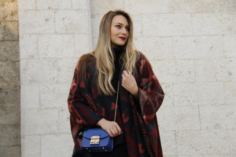 over-the-knee boots, poncho, sweater, bag, furla, zara, hm, revolve, le silla