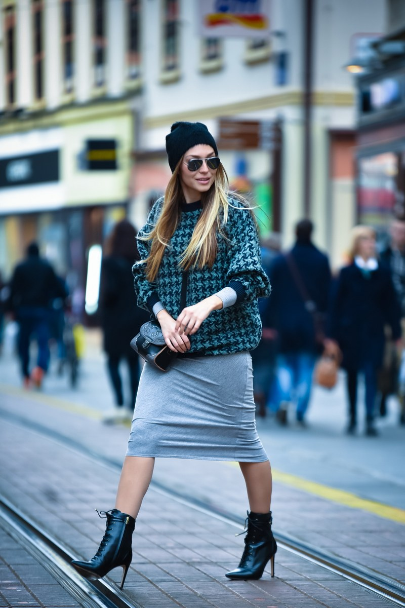 asos, oversized sweater, boots, sam edelman, bag, zara, hat, sunglasses, ray ban