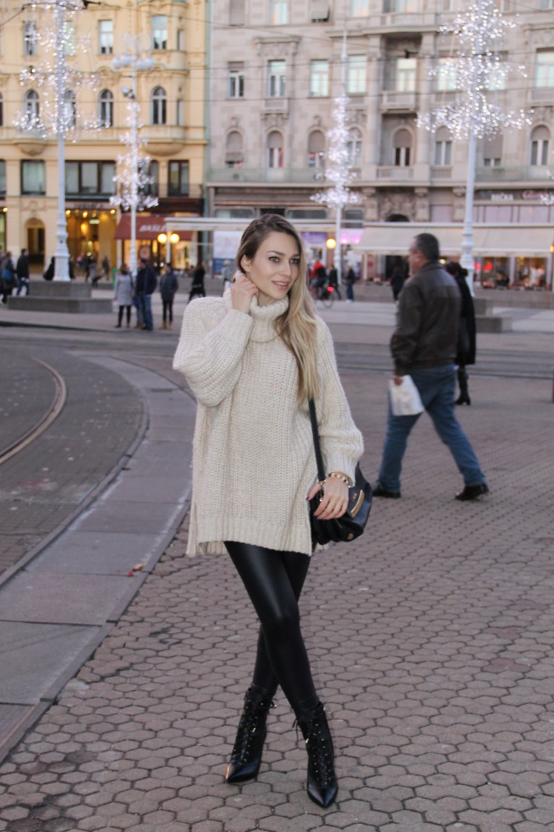 oversized sweater, leggings, zara, hm, bag, liu jo, boots, winterstyle, streetstyle, streetfashion