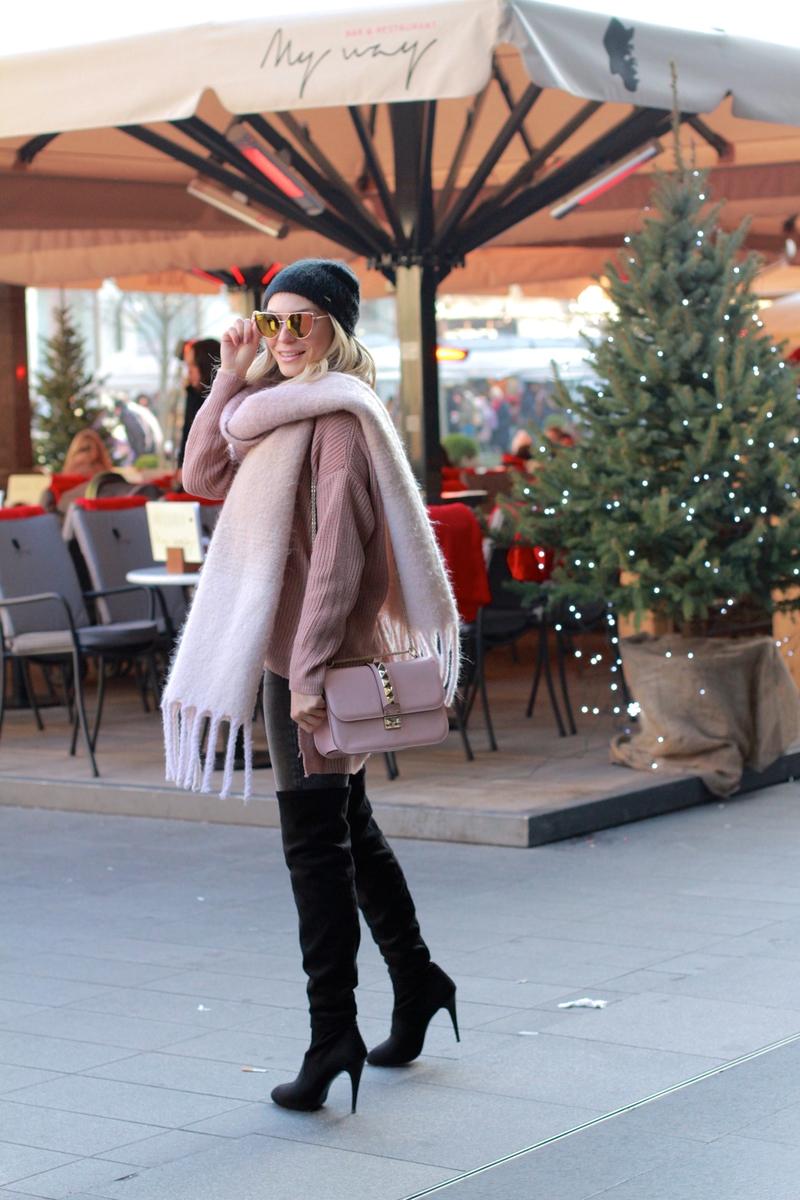 X scarfX chunky scarfX hmX h&mX sonja kovacX over-the-knee bootsX skinny jeansX oversized sweaterX pink colorX light pinkX valentino bagX bagX sunglassesX hat