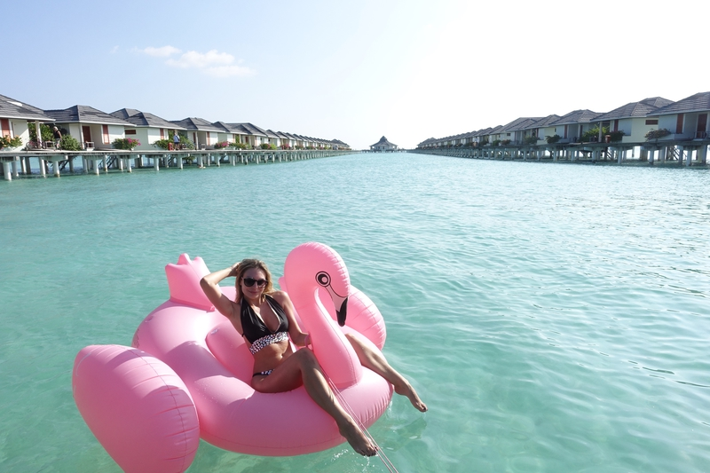 X sun island resortX agjamalX swimsuitesX maldivesX maldives islandX sonja kovačX sonja kovacX travel bloggerX travel blogX trave